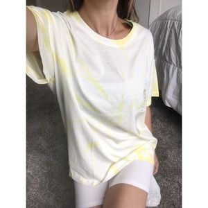 Tops - Yellow & white tie dye t shirt